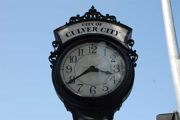 600600p302852EDNmain1654culver-city-clock